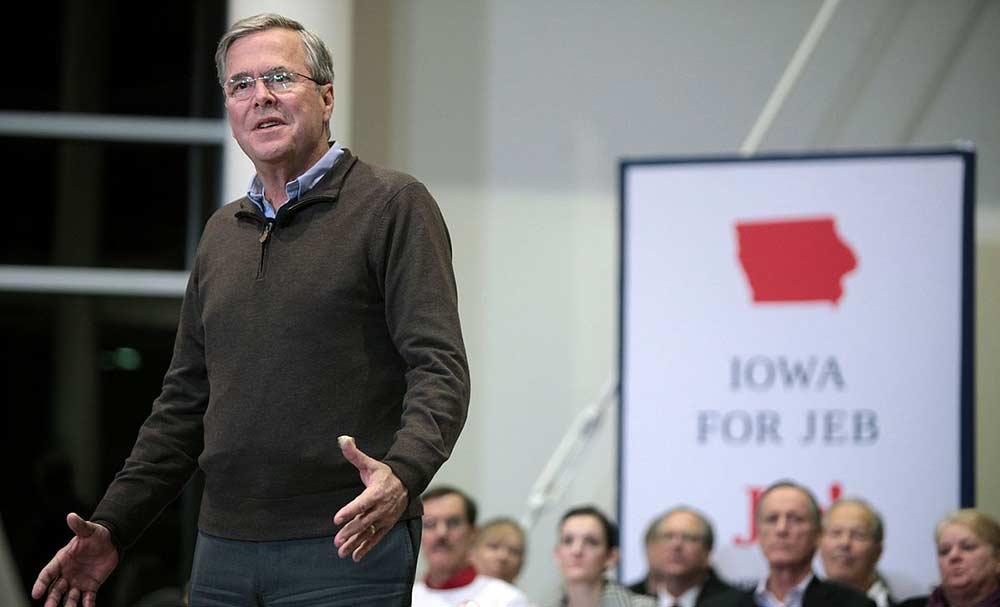 Jeb Bush Campaigning in Iowa Ahead of the 2016 Primary